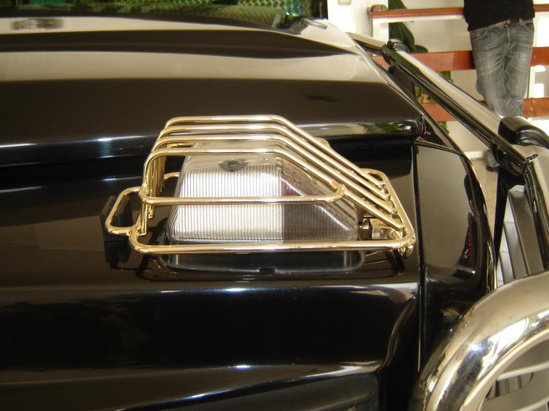 Merceds Benz G Class gold plated blinker light guards